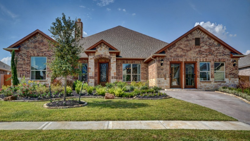 victoria-exterior-front-01-stone-creek-ranch