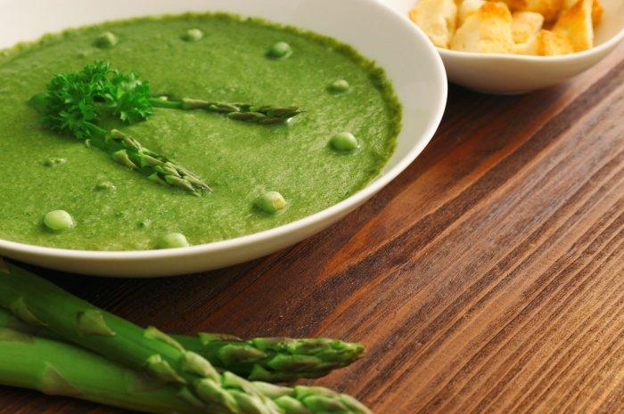 5_asparagus pea soup_shutterstock_edit