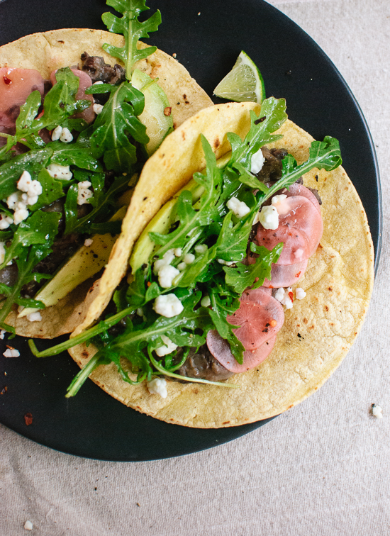 fresh-arugula-and-black-bean-tacos-with-pickled-radish-and-feta-3
